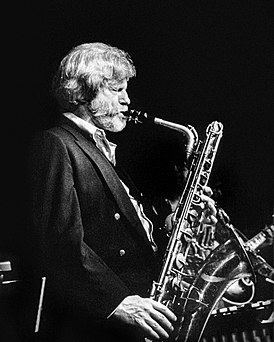 Gerry Mulligan (1980s portrait by William P. Gottlieb).jpg