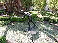 Getty villa, peristilio esterno 09 statua.JPG