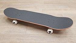 Globe Skateboard.jpg