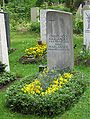 Grab Willy Harlander Friedhof Perlach-1.jpg