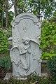Grafsteen met de witte engel, Den Haag.jpg