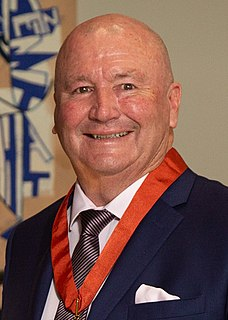 Graham Lowe New Zealand rugby league footballer, coach and administrator