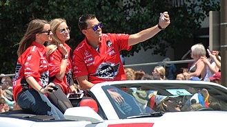 Graham Rahal - Graham Rahal takes a selfie with Jenna Ezarik (left) and Justine Ezarik (middle) at the 2015 Indianapolis 500 parade