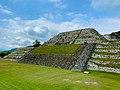 Gran Pirámide de Zona Arqueológica de Xochicalco.jpg