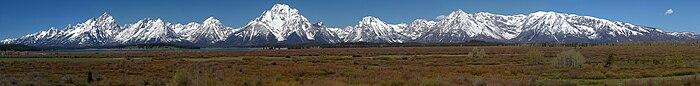 Grand Teton pano.jpg