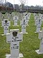 Graven Pools militair ereveld Breda - overzicht 3.JPG