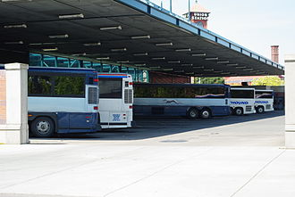 Greyhound buses at the Portland, Oregon station Greyhound buses at depot - Portland, Oregon.JPG