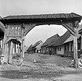 Gyergyószentmiklós 1961, Székelykapu a Selyem utcában. Fortepan 13766.jpg