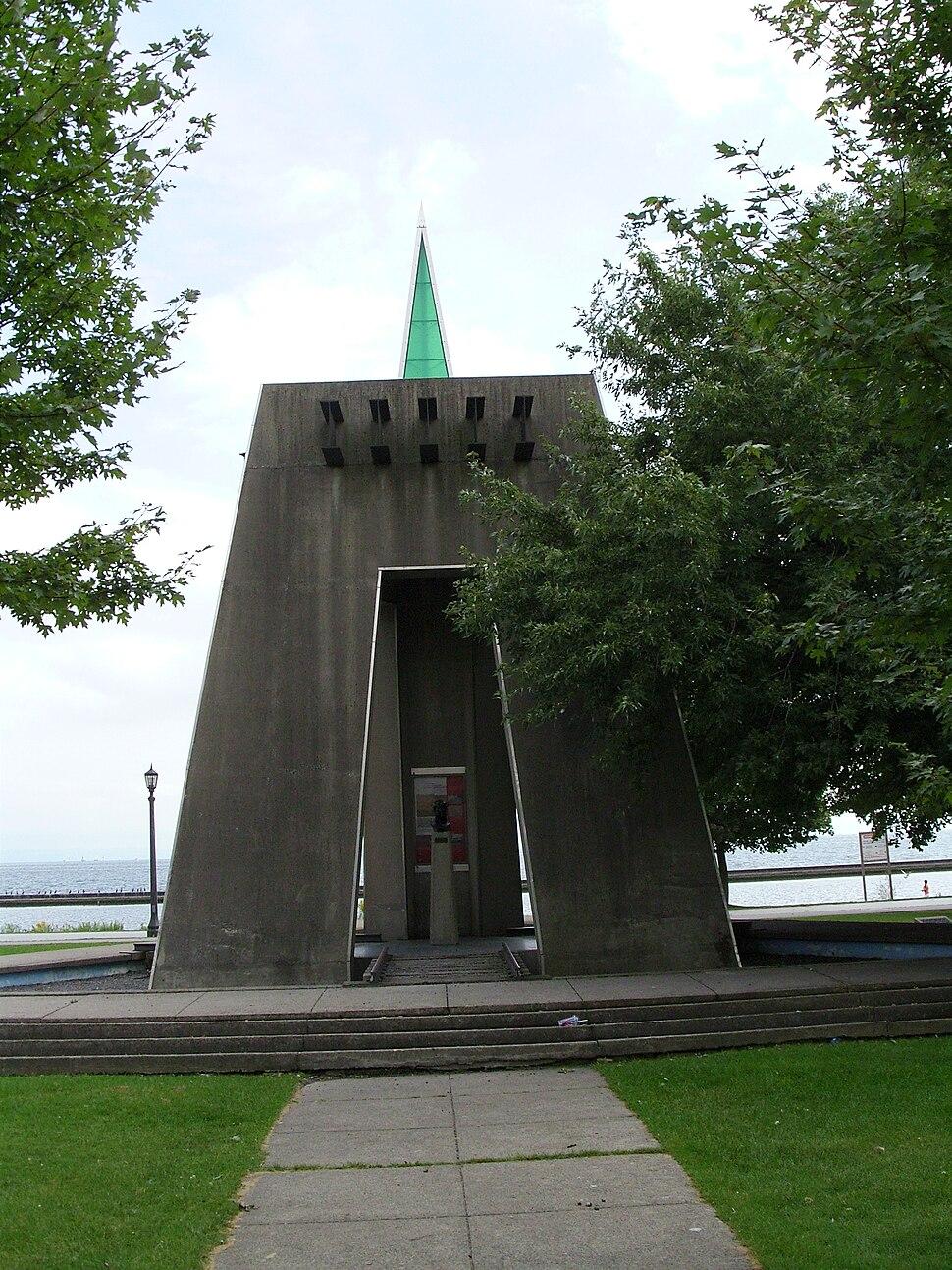Gzowski Monument