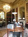 Hôtel de Roquelaure chambre cabinet 2.JPG