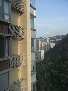 HK Mid-levels 干德道 39 Conduit Road 天匯 Floor 63 Henderson kitchen view mountain May-2011.jpg