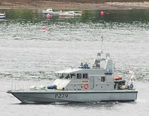 HMS Blazer on Loch Goil.jpg