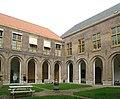 Haarlem Stadhuis Kloosterhof 2.jpg