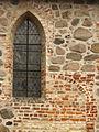 Haddeby St Andreas Detail 110403.jpg