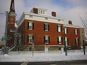 Hamilton White House - Side view
