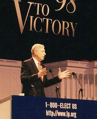 Harry Browne - Browne speaking at the 1998 Libertarian National Convention in Arlington, Virginia.