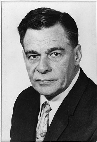 Henry E. Petersen - Image: Henry E. Petersen