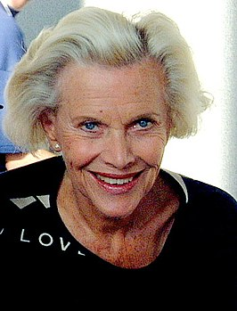 Honor Blackman in 2000.