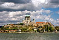 Hungary.Esztergom.Bazilika.1999.hires.jpg