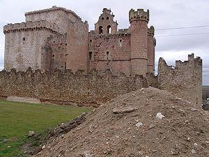Image-Castillo de Turégano.jpg