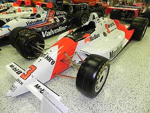 1991 Indianapolis 500 - Image: Indy 500winningcar 1991