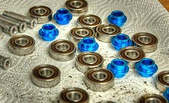 Inline skates - Axles, bearings and spacers