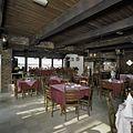 Interieur stiftschuur, overzicht plafond van houten balken - Weerselo - 20382969 - RCE.jpg