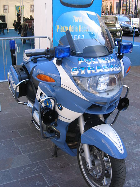 Image:It police moto front.jpg