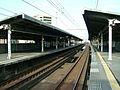 JREast-Inage-kaigan-station-platform.jpg