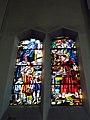 Jeanne d'Arc Vénissieux vitrail droit.jpg