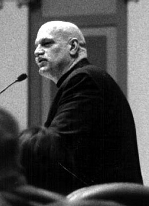 Jesse Ventura - Ventura in the Minnesota House of Representatives Chamber in April 2000.