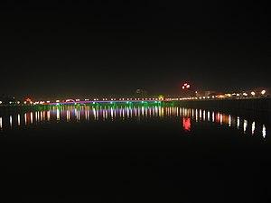 Mei River - Jianying Jinian Bridge over the river at night