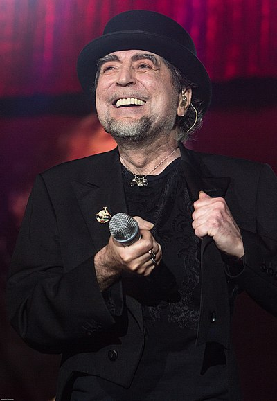 Picture of a band or musician: Joaquín Sabina