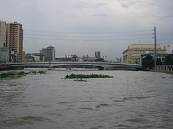 Jones Bridge, Pasig River, Manila.jpg
