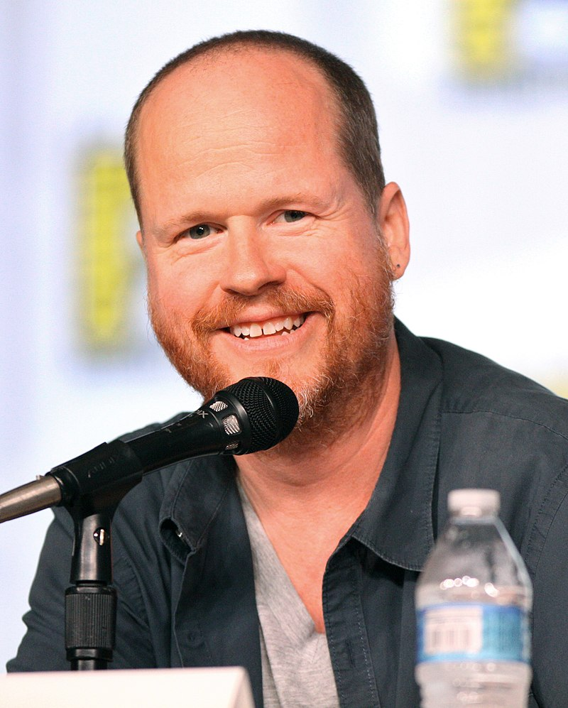 The 53-year old son of father Tom Whedon and mother Lee Stearns, 178 cm tall Joss Whedon in 2018 photo