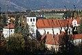 Judenburg Magdalenakirche im Herbst - panoramio.jpg