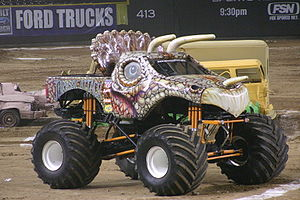 Monster truck - Jurassic Attack, based on a Triceratops
