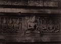KITLV 155195 - Kassian Céphas - Reliefs on the terrace of the Shiva temple of Prambanan near Yogyakarta - 1889-1890.tif