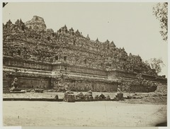 KITLV 19524 - Kassian Céphas - Borobudur in Central Java - 1890-1891.tif