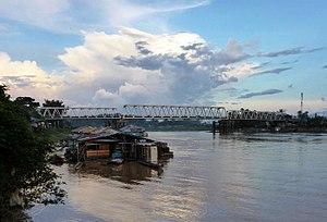 Putussibau - Bridge linking Putussibau town proper with settlements south of the Kapuas River.