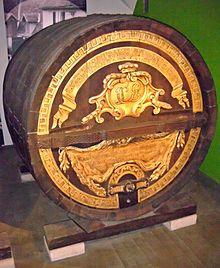 Prunkfass zur Silberhochzeit des Kurfürsten, gefertigt von Hofküfer Adam Bieth, Historisches Museum der Pfalz, Speyer (Quelle: Wikimedia)