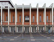 Karlsruhe, Tribünengebäude -- 2013 -- 5256.jpg