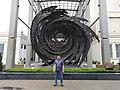 Karya di depan Museum Nasional.jpg