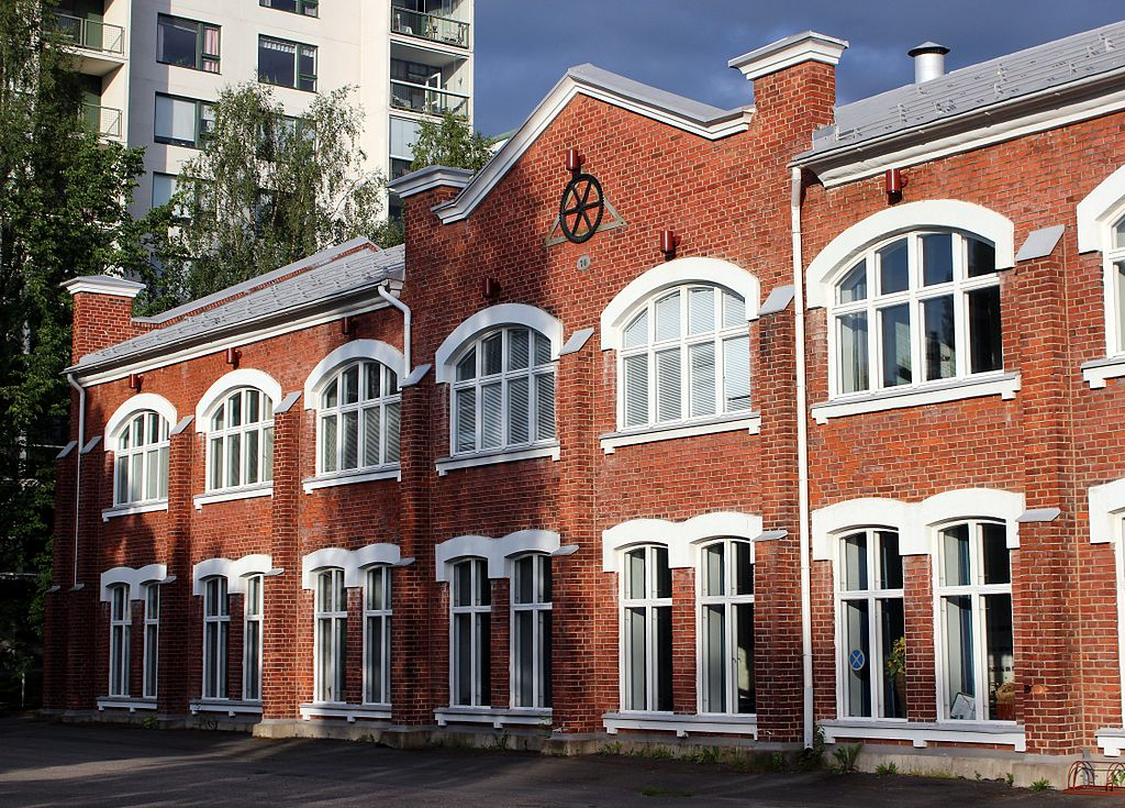 Kasarmintie 1 Oulu