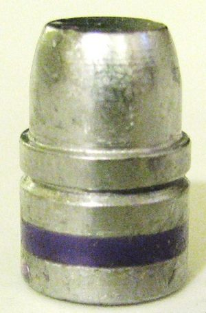 Wadcutter - Keith-Style SWC with one crimping groove and one filled lubrication groove. In practice, the bullet can be crimped over the leading band, or on the crimping groove, as desired.