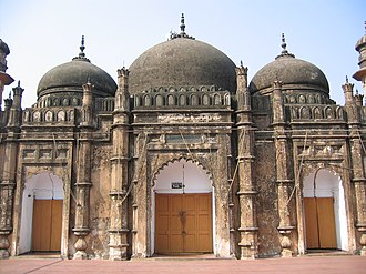 Islam in Bangladesh - Khan Mohammad Mirdha's Mosque in Dhaka, built in 1706 (18th century old mosque).