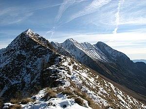 Slovenščina: Od vrha Krna se proti severozahod...