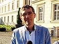 Krzysztof Ostrowski przed mikrofonem Radia Wnet, Gniezno, 30 lipca 2014 roku.jpg