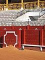 La gata de la plaza de toros de Aranjuez - panoramio.jpg