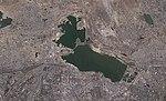 Lake Boyukshor (Baku, Azerbaijan, satellite image, LandSat-5, 2010-09-06, cropped).jpg